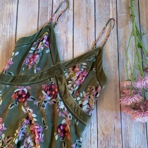WHBM Strappy Velvet Trim Floral Dress Sz. 2